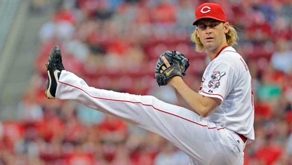 Cincinnati pitcher Bronson Arroyo threw six strong innings, but the Reds failed to hold the lead as they lost 11-4 in 10 innings to St. Louis. (Photo Courtesy of The Cincinnati Reds)