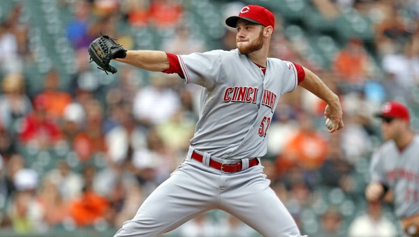 Cincinnati's Tony Cingrani delivers a pitcher during the first game of Tuesday's doubleheader against the San Francisco Giants. Cingrani got the win as the Reds won the first game 9-3 but lost the second game 5-3. (MCT Direct Photo)