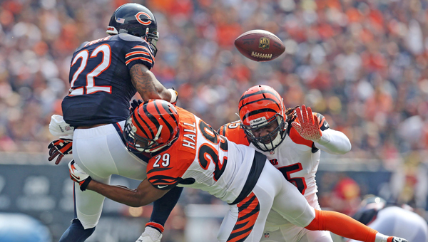 Cincinnati Bengals cornerback Leon Hall (29) breaks up a pass intended for Chicago Bears running back Matt Forte (22) in the first quarter at Soldier Field in Chicago on Sunday. (MCT Direct Photos)