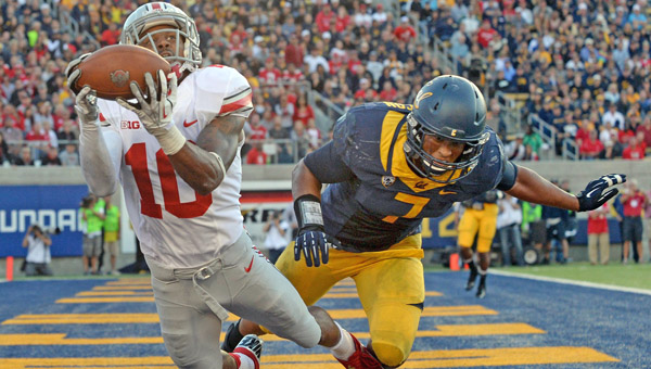 Cal's Jalen Jefferson (7) can't stop a diving touchdown catch by Ohio State's Philly Brown (10) in the second half at Memorial Stadium in Berkeley, Calif., on Saturday. Ohio State won 52-34. (MCT Direct)