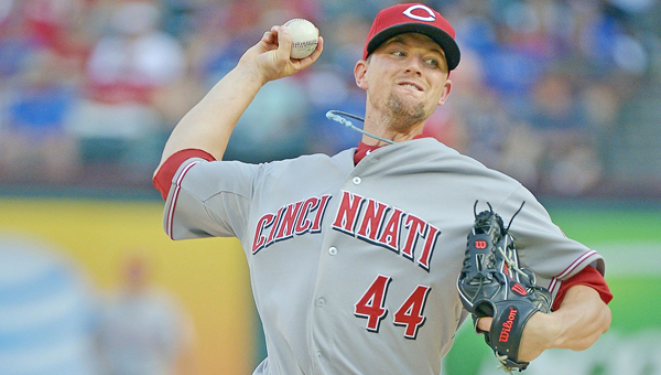 Cincinnati Reds' starting pitcher Mike Leake gave up three home runs Saturday against the Atlanta Braves in a 4-1 loss. The three home runs match a career-high for any Leake appearance. (MCT Direct Photo)