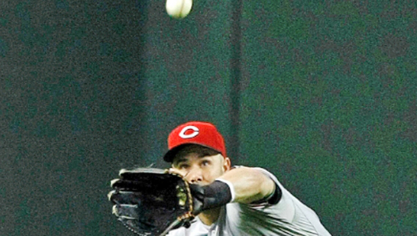 Cincinnati outfielder Scott Schumaker makes a catch in the first inning of the Reds 4-3 win over Arizona on Sunday. (Photo Courtesy of The Cincinnati Reds)