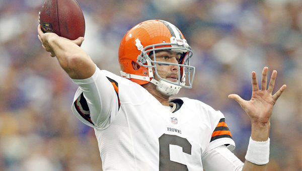 Cleveland Browns' quarterback Brian Hoyer looks to complete a pass. Browns' head coach Mike Petting wants to name a starting quarterback by next Monday's game against Washington. Hoyer is battling rookie Johnny Manziel for the job. (MCT Direct Photo)