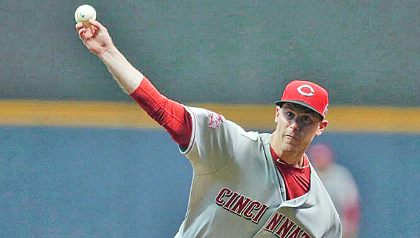 Cincinnati starting pitcher Anthony DeSclafani went eight shutout innings of two-hit baseball as the Reds beat the Milwaukee Brewers 6-1 on Monday. DeSclafani is now 2-0 on the season. (Photo Courtesy of The Cincinnati Reds)