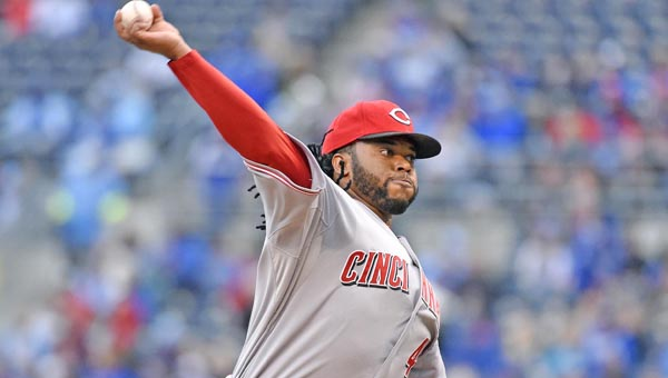 Cincinnati Reds' starting pitcher Johnny Cueto remains the subject of trade rumors as the trading deadline nears. (MCT Direct Photo)