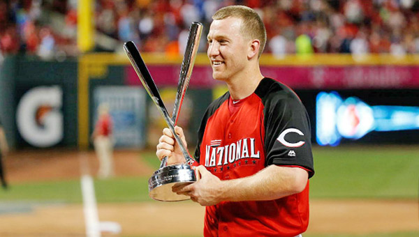 Cincinnati Reds' third baseman Todd Frazier celebrates with his trophy after winning the Gillette Home Run Derby presented by Head & Shoulders on Monday. Frazier — who was the runner-up last year — beat Joc Pederson of the Dodgers in the finals to win the event in front of his hometown fans at Great American Ballpark in Cincinnati. (Courtesy of The Cincinnati Reds.com)