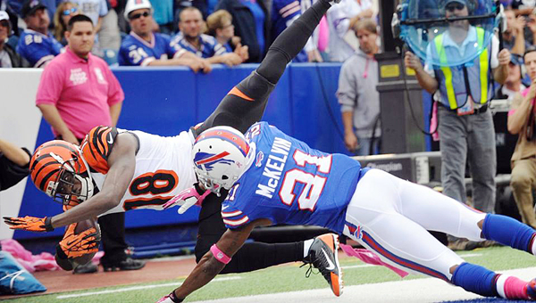 Cincinnati Bengals' wide receiver A.J. Green (18) makes a diving catch in the back of the end zone during Sunday's game in Buffalo. The Bengals beat the Bills 34-21. (Photo Courtesy of The Cincinnati Bengals.com)