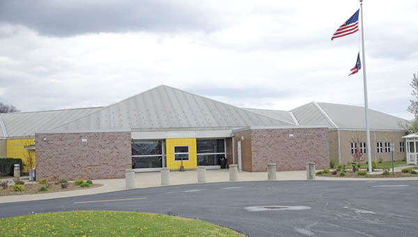 The STAR Community Justice Center has moved to the site of the former Ohio River Valley Juvenile Correction Facility in Franklin Furnace. A ribbon cutting ceremony was hosted at the facility on Monday.