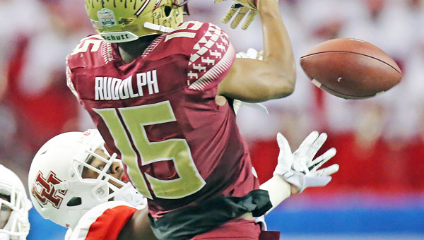 Houston cornerback William Jackson III breaks up a pass to Florida State wide receiver Travis Rudolph during the Chick-fil-A Peach Bowl. Jackson was drafted in the first round by the Cincinnati Bengals. (Curtis Compton/Atlanta Journal-Constitution/TNS)