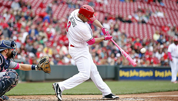 Cincinnati Reds' Ivan De Jesus hits an RBI double in the third inning of Sunday's game. The Reds lost 5-4 to the Milwaukee Brewers. (Courtesy of The Cincinnati Reds.com/Joe Robbins of Getty Images)