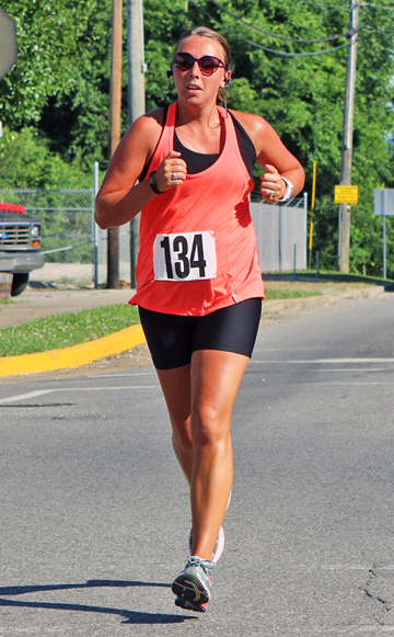 Willow Woods' Tara Schneider won the 10K at the annual Run By The River. (Tim Gearhart of Tim's News & Novelties, Park Ave. in Ironton)